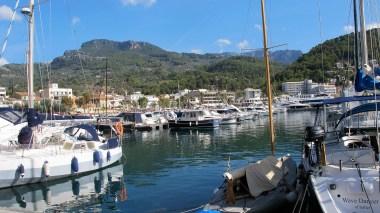 Port de Soller and the Serra de Tramuntana
