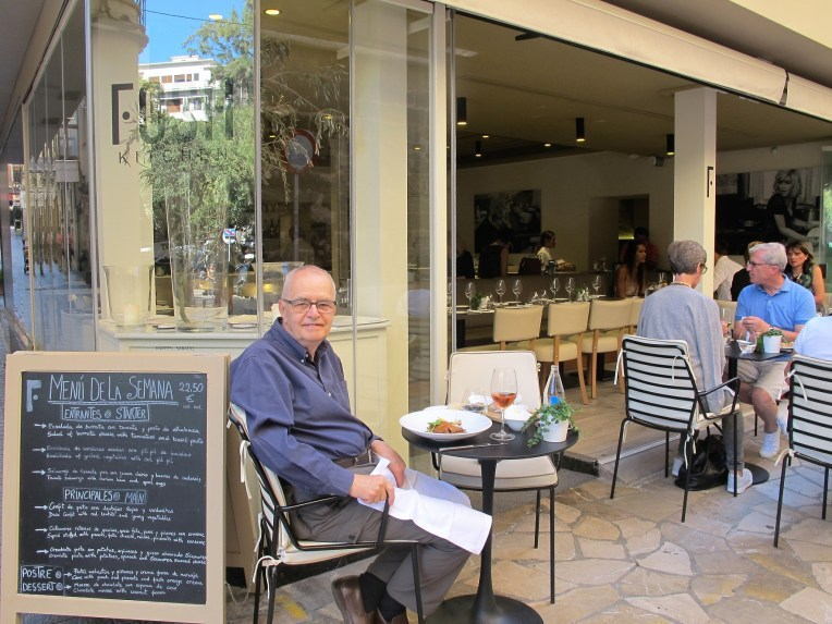 The Blogger at lunch Fosh Kitchen Palma, Mallorca
