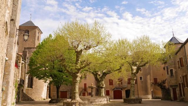 Aveyron Millau WAT Sainte eulalie de cernon blog voyage arpenter le chemin