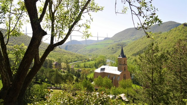 Aveyron Peyre Millau Tarn blog voyage arpenter le chemin