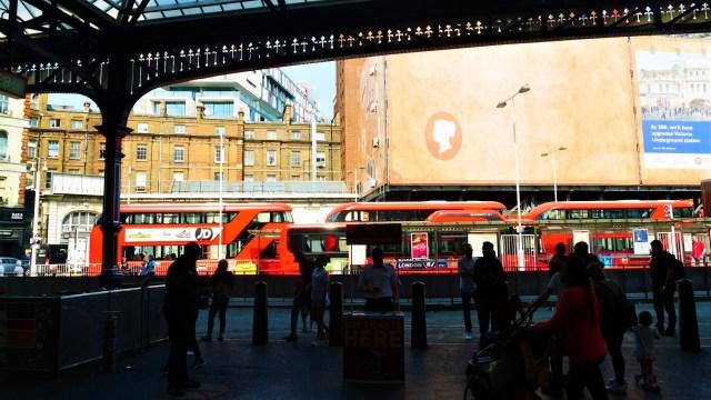 Victoria Station Londres Arpenter le chemin blog de voyage