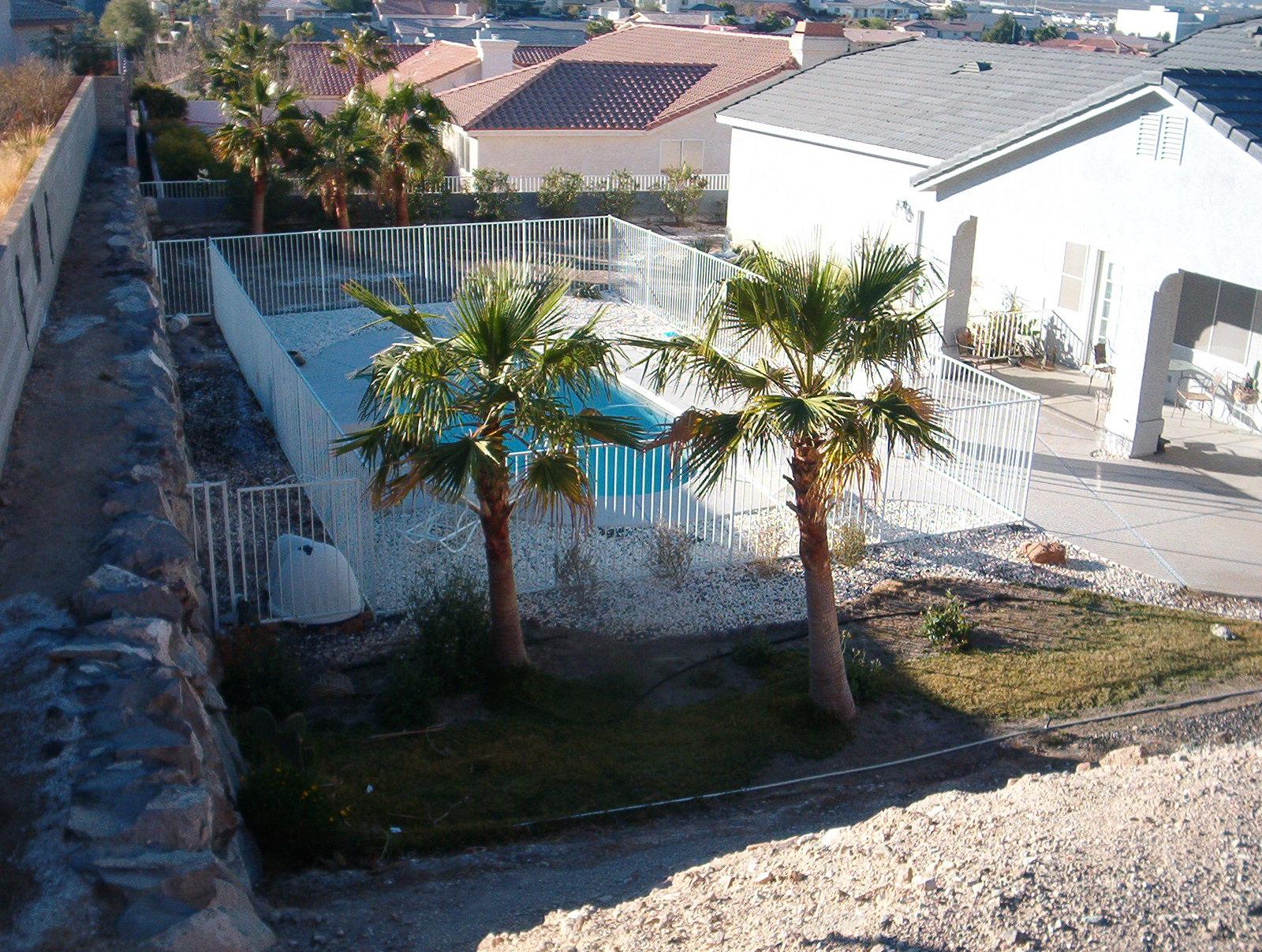 powder coated pool fence by ar iron