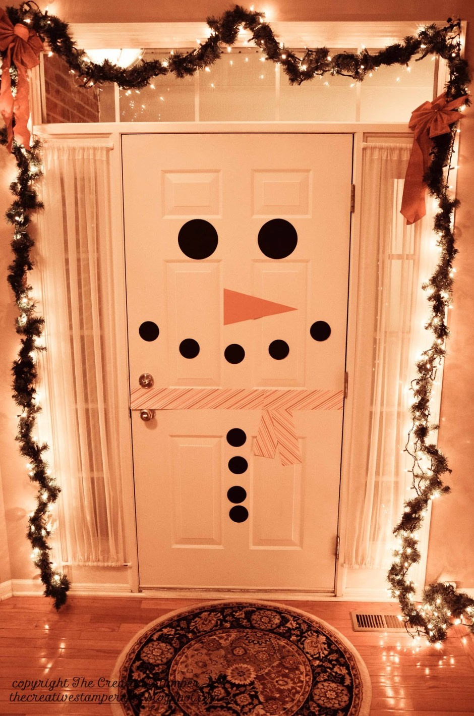 snowman-door...something-kids-can-do-to-help-decorate-for-christmas