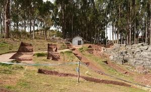 Sacsayhuaman sorprende: Hallan restos humanos, objetos ceremoniales y parte del Qapaq Ñan