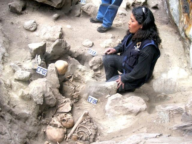 Descubren siete restos prehispánicos en Ollantaytambo (parque arqueológico de Machu Picchu)