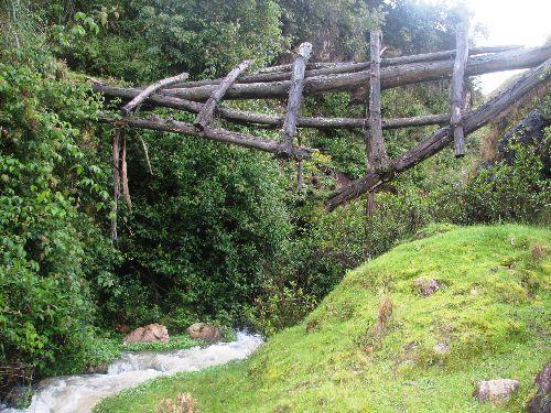 Fuente de agua termal utilizada por los incas es hallada en Vilcabamba, Pasco