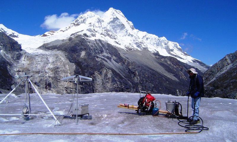Con monitoreo satelital supervisarán la situación de glaciares de Áncash