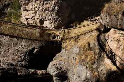 qeswachaka-bridge-ceremony-peru12