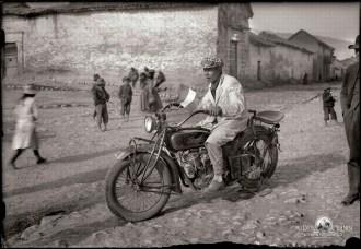 Retratos de campo Martin Chambi Primera moto de Mario Perez Yanez