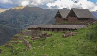 Huchuy Qosqo, joya arqueológica en las alturas del Cusco