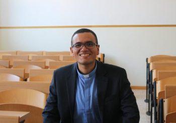 Padre Javier Rosanía: «La Teología no sirve de nada si no ayuda a transformar la vida propia del sacerdote»