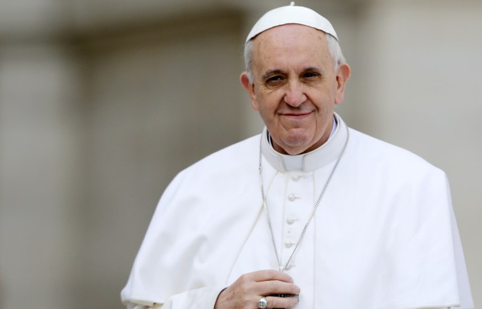 El Papa en Sta. Marta: Hay que mirarse al espejo antes de juzgar