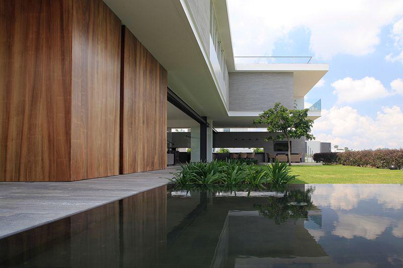 Está Muy Lejos El Horizonte Por Jorge Wagensberg: Casa BR / Hernández Silva Arquitectos