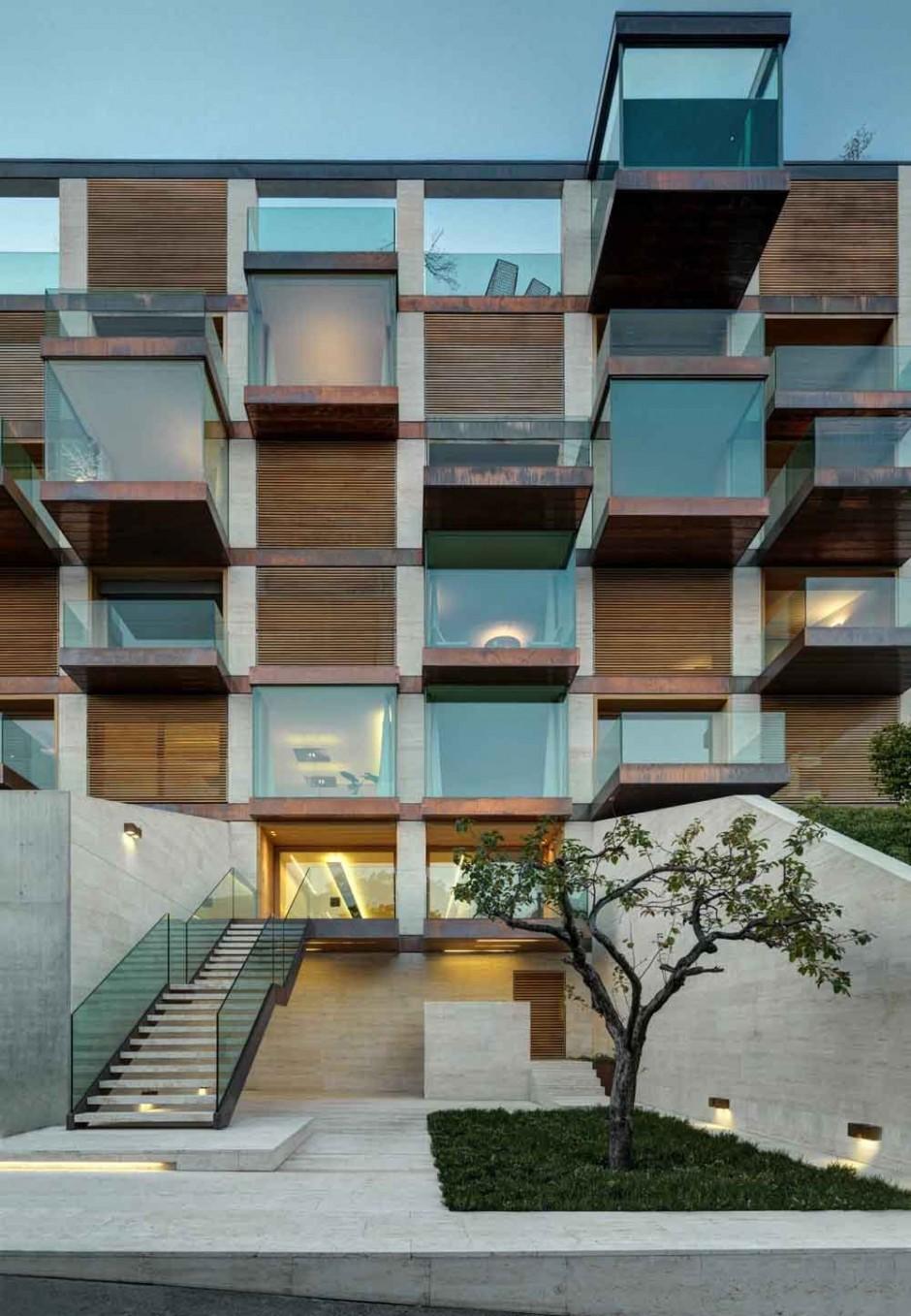Urbanización de lujo con una fachada hecha de cubos de cristal 2