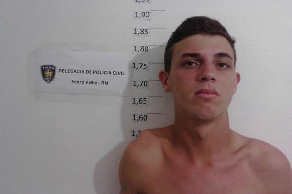 O acusado teria oferecido carona à vítima antes de estuprá-la