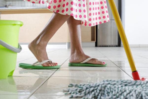 Em torno de 10,5 milhões das domésticas não chegam a ter 16 anos