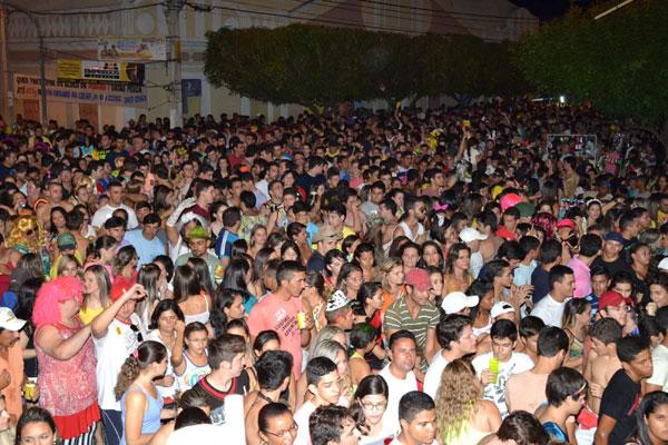 Programação do Carnaval de Caicó continua até esta quarta-feira (5)