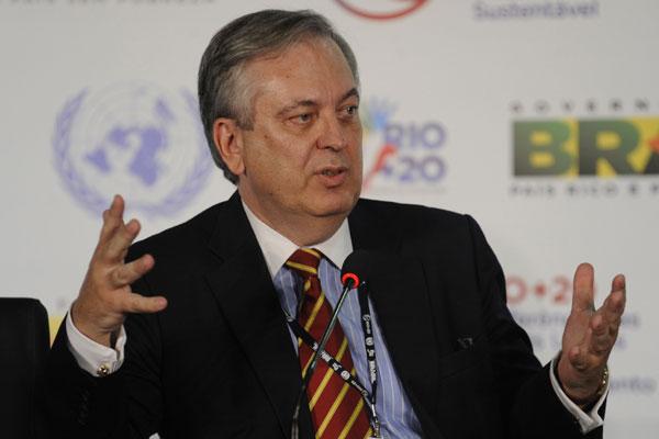 Figueiredo contesta reação de Israel à posição brasileira