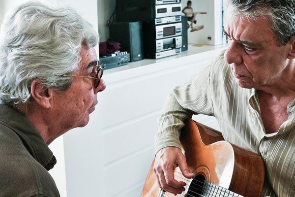 Filme imprime amizade do diretor com Chico Buarque
