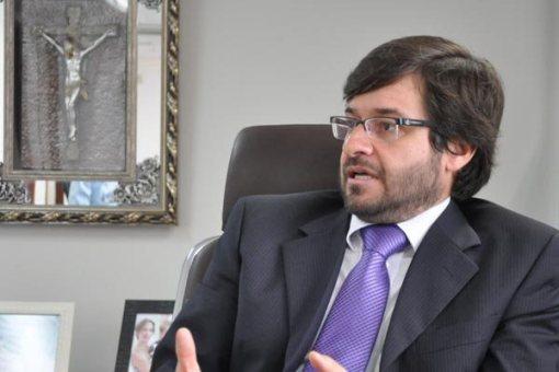 Resultado de imagem para conselheiro Carlos Thompson Costa Fernandas