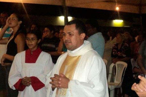 Resultado de imagem para Padre potiguar condenado por pedofilia é excomungado