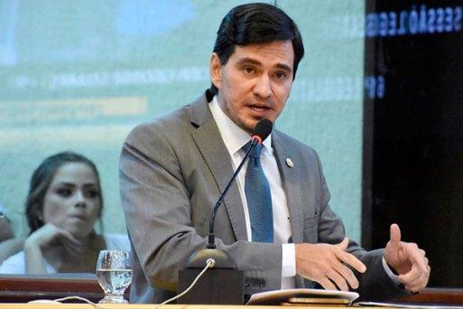 George Soares criticou a tentativa de responsabilizar a Assembleia