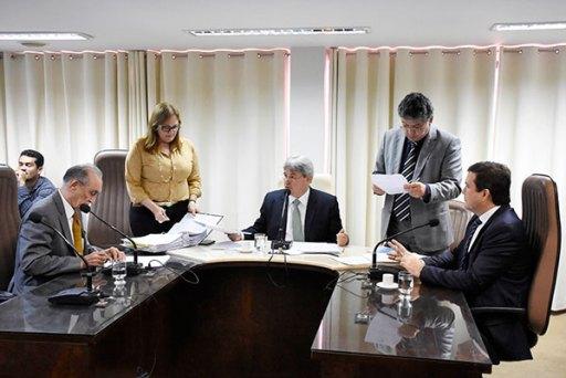 Comissão de Fiscalização e Finanças inicia a análise da prestação de contas do governo