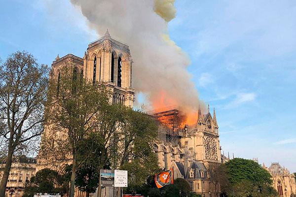 Catedral estava passando por obras
