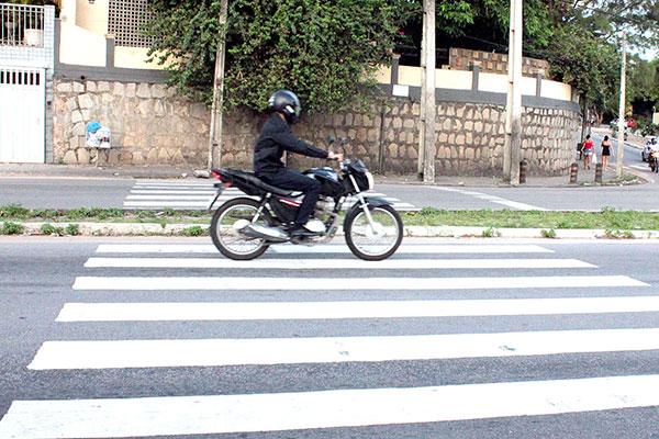 Inadiplência de IPVA na categoria de motos de até 150 cilindradas fica em torno de 50% no Estado, segundo secretário de Tributação
