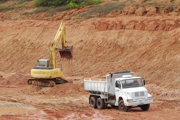 Material retirado da APA de Jenipabu era levado para a construção do estádio Arena das Dunas