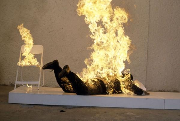 Resultado de imagem para homem em chamas