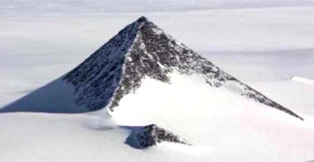 piramide-de-neve