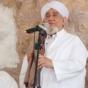 Berkata-Sayyidīl-Al-Habib-Abu-Bakr-Al-Adni-bin-Ali-Al-Masyhur-Jalan-kami-adalah-menjaga-lisan-dari