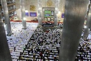 Sholat Idul Fitri di Istiqlal Jakarta