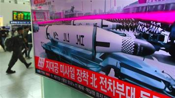 Korea_Utara_Perlihatkan_Rudal_Balistik_Antarbenua_Dalam_Parade_Militer