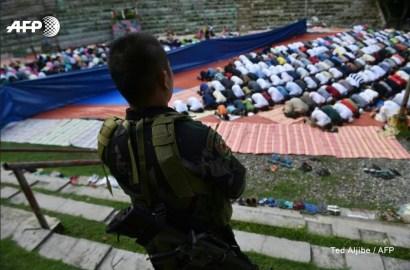 Suasana_Salat_Idul_Fitri_Di_Marawi