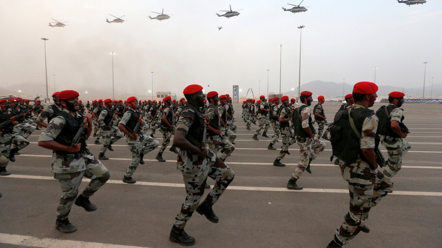 Perang Iran-Saudi Naikkan Harga Minyak $300 per Barel dan Miskinkan Dunia