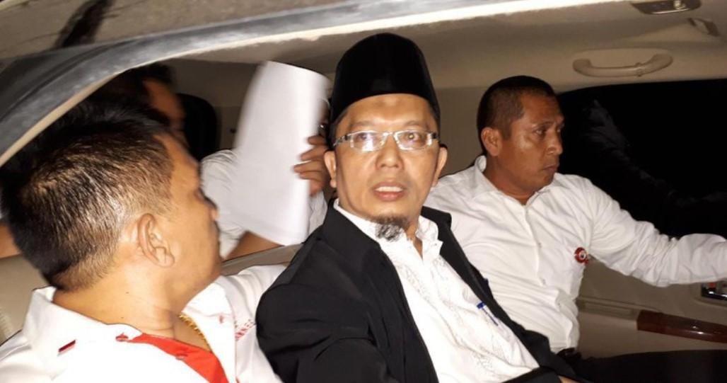 Terbukti Sebarkan Kebencian, Alfian Tanjung Divonis 2 Tahun