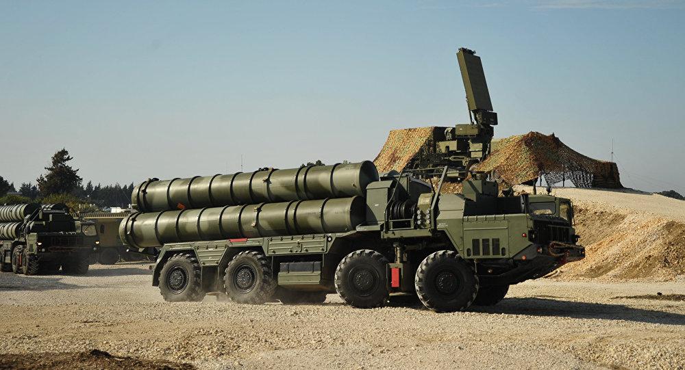 VIDEO: Rusia Kerahkan 4 Sistem Pertahanan Rudal S-400 ke Suriah