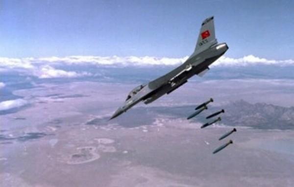 Angkatan Udara Turki Bombardir Pangkalan Udara Terbesar Suriah