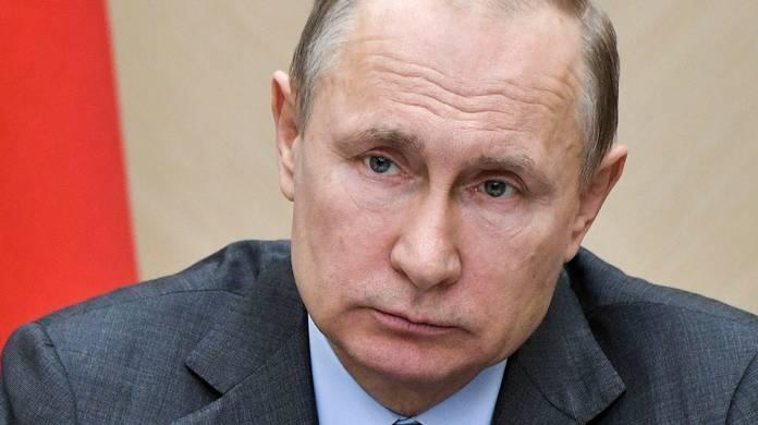 Putin ke Macron: Serangan ke Suriah Pelanggaran Serius Hukum Internasional