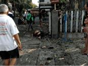 Bom bunuh diri di Santa Carla Surabaya