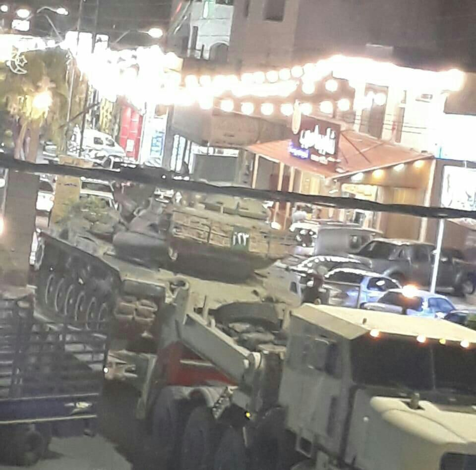 Konvoi Besar Militer Yordania Bergerak ke Perbatasan Suriah