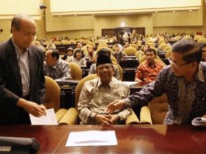 Buya Syafii Maarif dan KH Hasyim Muzadi