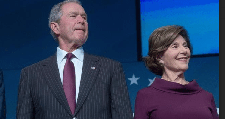 Analis: Bush Seharusnya Dipenjara Bukan Diberi Penghargaan