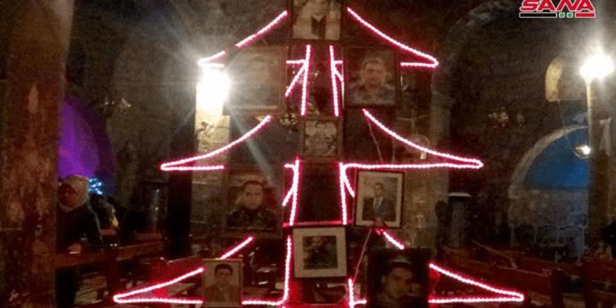 Setelah 8 Tahun, Pohon Natal Kembali Berdiri di Daraa Suriah