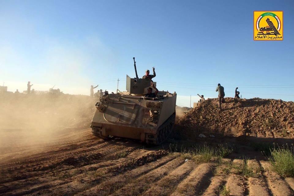 Hashd Al-Sha'abi Lancarkan Serangan ke Pertahanan ISIS di Timur Suriah