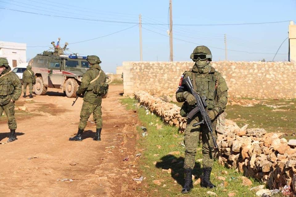 Militer Rusia Patroli Bersama di Kota Manbij
