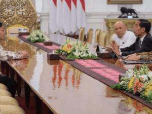 Pasca CEO Bukalapak Bertemu Jokowi di Istana, Tagar #JokowiOrangnyaBaik Jadi Trending