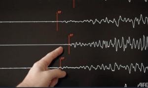BMKG: Gempa 7,1 M Guncang Maluku Utara & Sulut, Tsunami Terdeteksi